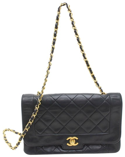 Preload https://img-static.tradesy.com/item/25570697/chanel-diana-quilted-classic-chain-flap-870776-black-lambskin-leather-shoulder-bag-0-1-540-540.jpg