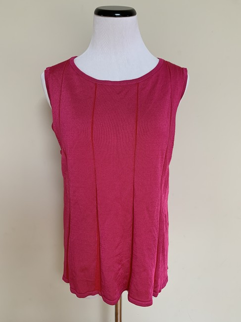 St. John Fit Flare Plaited Sleeveless Sweater Image 6