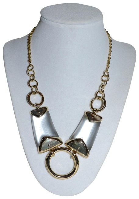 Item - Light Grey New Lucite and Mother Of Pearl Link Necklace
