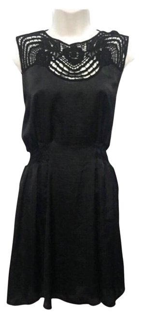 Item - Black Crocheted Lace Neckline Night Out Dress Size 6 (S)