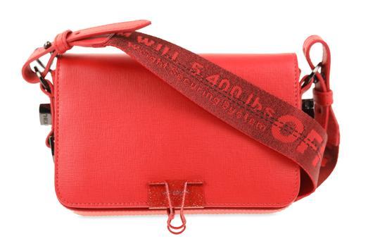 Preload https://img-static.tradesy.com/item/25573120/off-whitetm-binder-clip-mini-red-leather-cross-body-bag-0-3-540-540.jpg