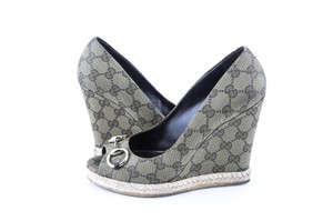 Gucci Green Wedges