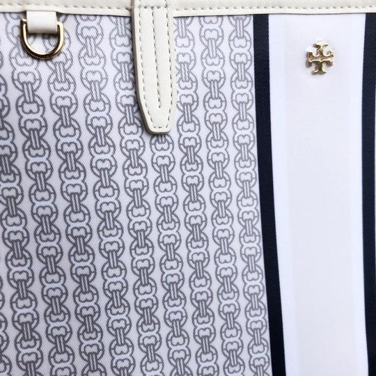Tory Burch Tote in New Ivory/Navy/Gray Image 6