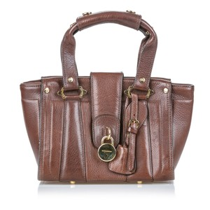 Burberry 9dbuhb018 Vintage Leather Shoulder Bag