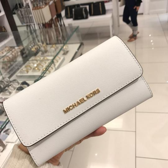 Michael Kors Tote in White Image 4