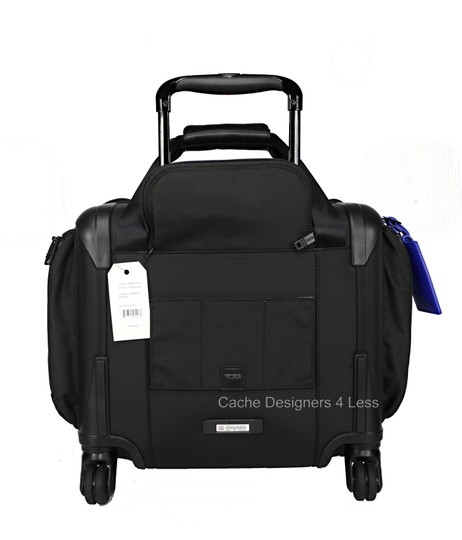 Tumi Black Travel Bag Image 8