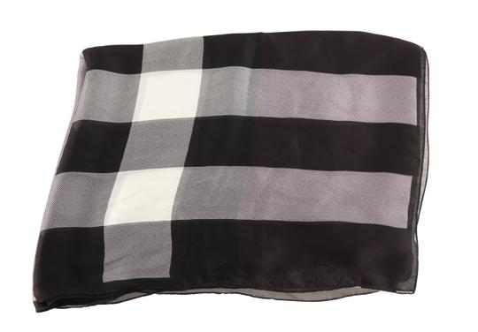 Burberry Lightweight Check Image 1