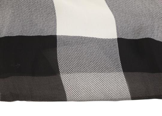 Burberry Lightweight Check Image 3