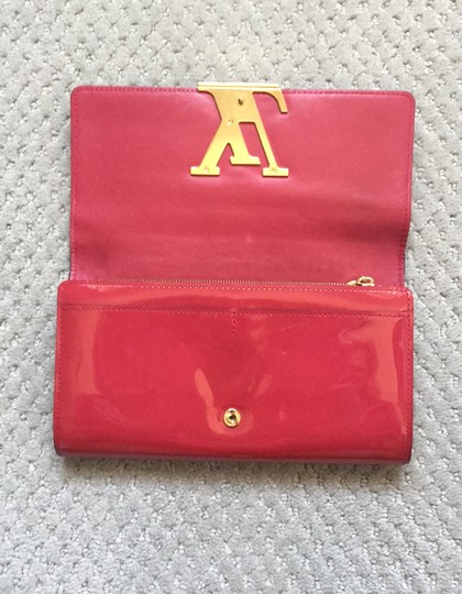 Louis Vuitton Louis Vuitton Patent Leather logo Wallet/Clutch Image 5