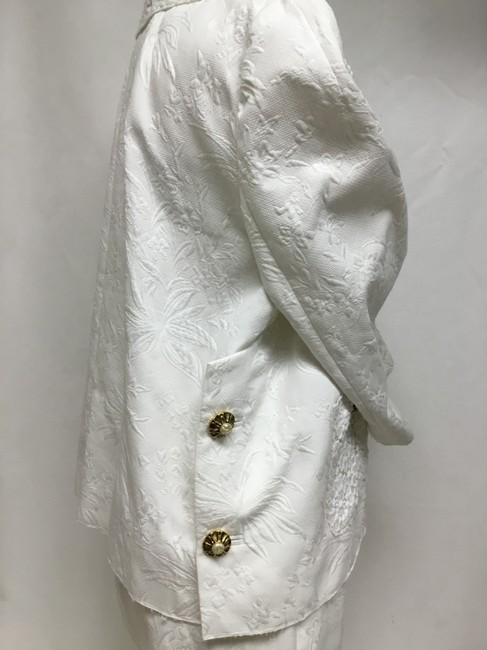 Dolce&Gabbana White jacquard skirt suit with white lace detail Image 3