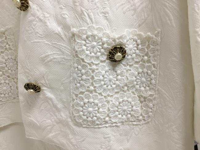 Dolce&Gabbana White jacquard skirt suit with white lace detail Image 4