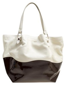 Tod's Satin Leather Patent Leather Tote in White