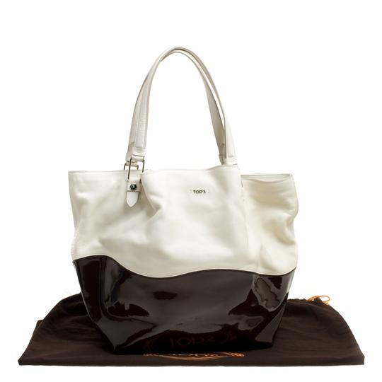 Tod's Satin Leather Patent Leather Tote in White Image 10