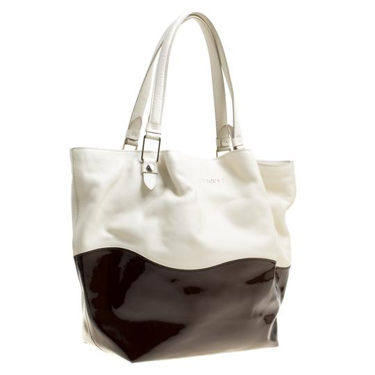 Tod's Satin Leather Patent Leather Tote in White Image 3