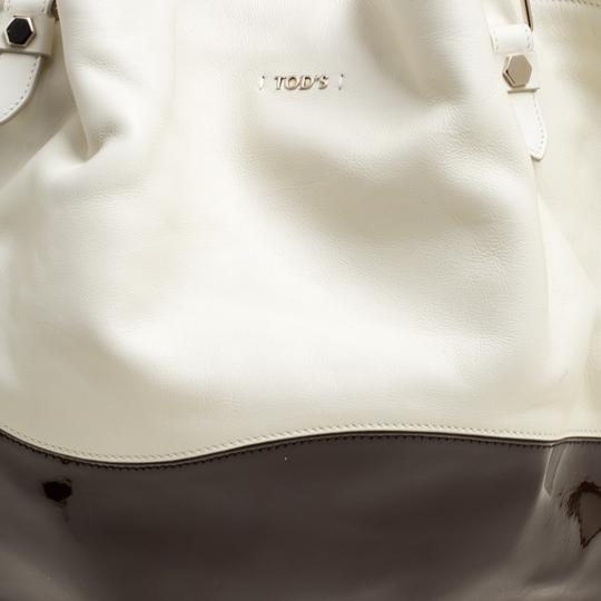 Tod's Satin Leather Patent Leather Tote in White Image 7