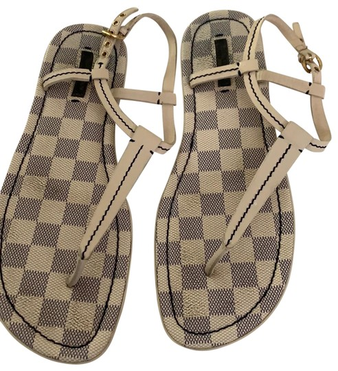 Preload https://img-static.tradesy.com/item/25576745/louis-vuitton-ivory-damier-thong-sandals-size-eu-395-approx-us-95-regular-m-b-0-1-540-540.jpg
