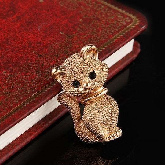 Other Lovely Gold tone Kitty Brooch/Pin Image 1
