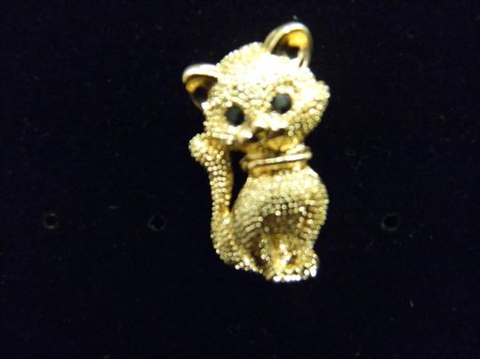 Other Lovely Gold tone Kitty Brooch/Pin Image 3