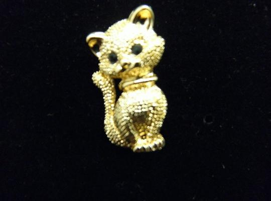 Other Lovely Gold tone Kitty Brooch/Pin Image 4