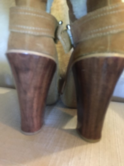 MICHAEL Michael Kors Shearling Suede Size 8.5 camel Boots Image 2