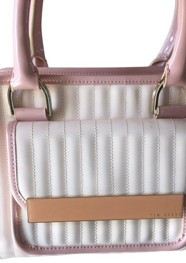 Preload https://img-static.tradesy.com/item/25576885/ted-baker-london-bubble-pattent-leather-and-matching-wallet-satchel-0-1-540-540.jpg