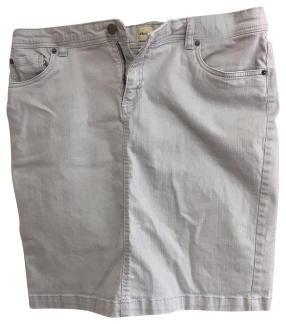 Preload https://img-static.tradesy.com/item/25577044/gh-bass-and-co-gray-faded-denim-vintage-skirt-size-12-l-32-33-0-1-650-650.jpg