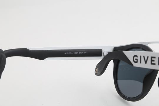 Givenchy Givenchy GV7017/N/S Two-Toned Sunglasses Image 10