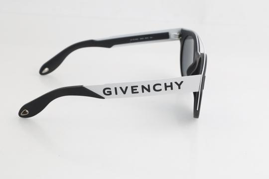 Givenchy Givenchy GV7017/N/S Two-Toned Sunglasses Image 3