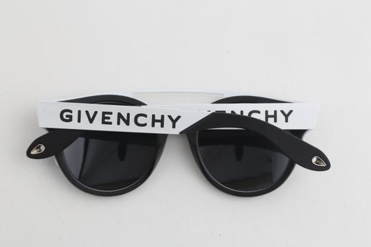 Givenchy Givenchy GV7017/N/S Two-Toned Sunglasses Image 9