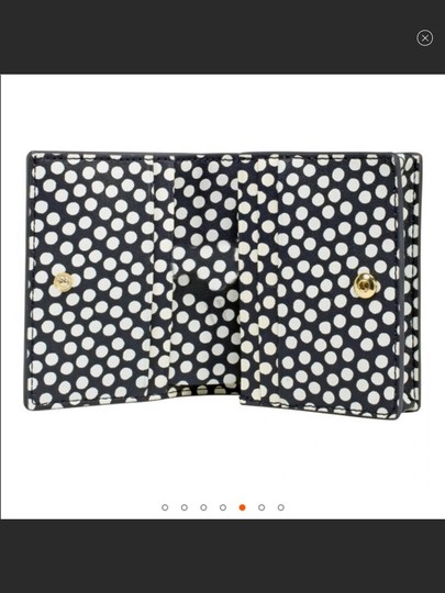 Tory Burch new with tag foldable primrose wallet Image 4