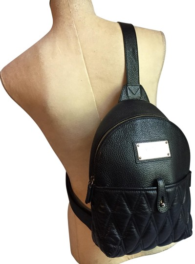 Preload https://img-static.tradesy.com/item/25577181/mario-valentino-quilted-black-leather-backpack-0-1-540-540.jpg