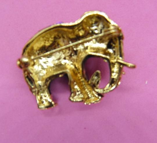 Other Adorable Elephant Brooch/Pin Image 3
