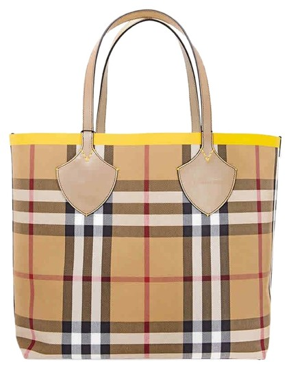 Preload https://img-static.tradesy.com/item/25577445/burberry-reversible-giant-in-yellow-vintage-check-cotton-leather-tote-0-1-540-540.jpg