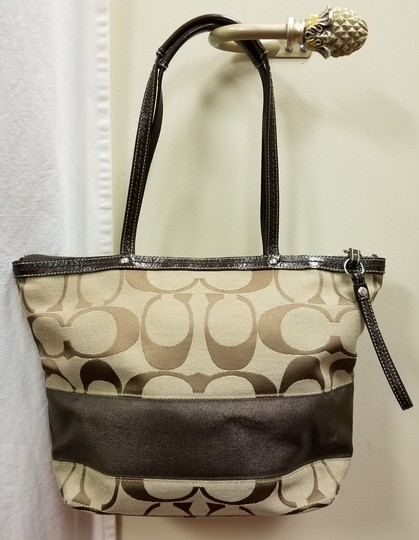Coach Leather Shoulder Signature Logo Satchel Tote in Brown/Tan Image 4