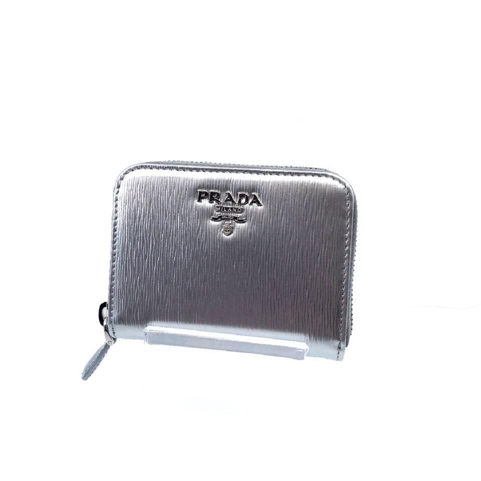 piuttosto carino vendita scontata prodotti caldi Prada Silver Portamonete Vitello Move Leather Zipper 1mm268 Wallet ...