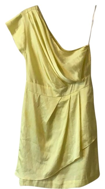 Item - Yellow Mid-length Cocktail Dress Size 8 (M)