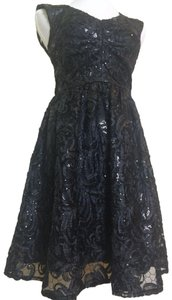 Decode 1.8 Date Night Sequin Keyhole Party Dress