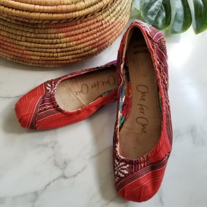 TOMS Red Flats