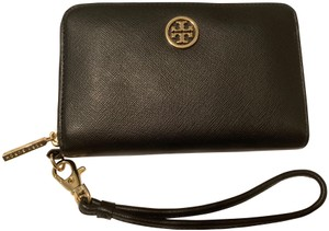 Tory Burch Robinson Continental Wallet - Black Saffiano Leather - Like New -