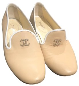 Chanel Light beige and white Flats