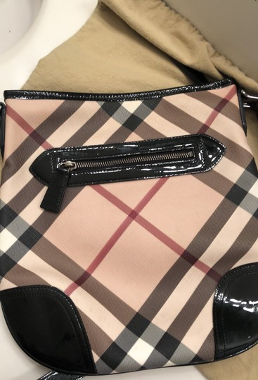 Burberry Tote Image 8