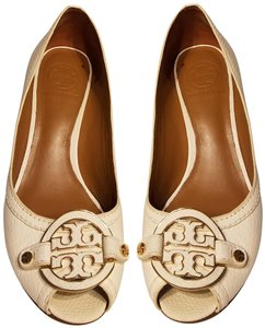 b3a2fedae4bac Tory Burch Amanda Leather Wedge White Beige Pumps