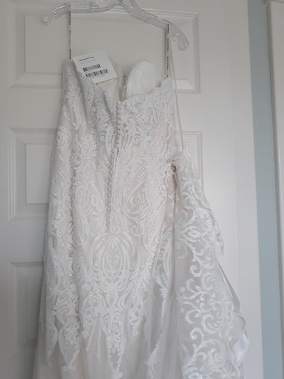 Maggie Sottero Ivory with Soft Blush Tulle Autumn Formal Wedding Dress Size 14 (L) Image 1