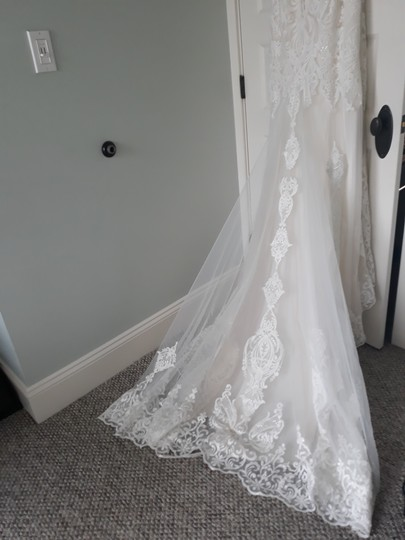 Maggie Sottero Ivory with Soft Blush Tulle Autumn Formal Wedding Dress Size 14 (L) Image 3