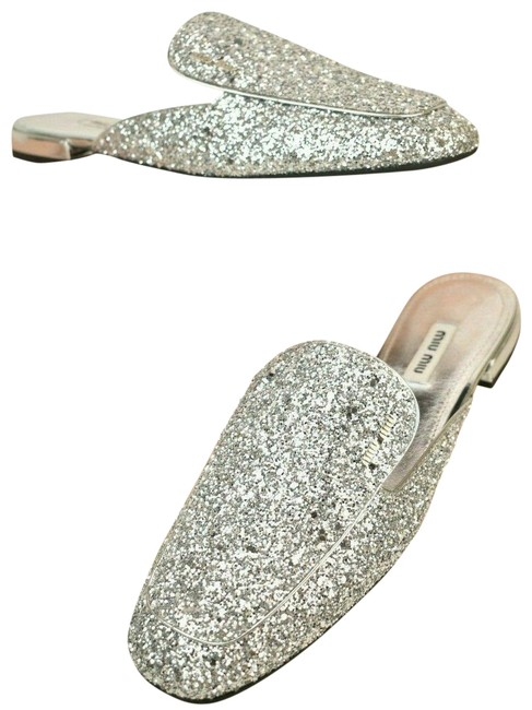 Miu Miu Silver Argento Glitter Leather Lettering Logo Flat Italy Mules/Slides Size EU 37.5 (Approx. US 7.5) Regular (M, B) Miu Miu Silver Argento Glitter Leather Lettering Logo Flat Italy Mules/Slides Size EU 37.5 (Approx. US 7.5) Regular (M, B) Image 1