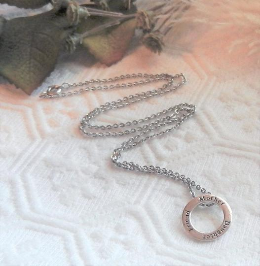 Unknown Sterling Silver Mother Daughter Friend Open Circle 18 Inch Necklace Image 4
