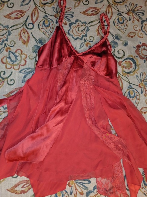 Bebe Silk Size Small Top pink Image 2