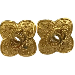 Chanel Chanel 96 A CC Logo Gold Plated Flower Clip On Earring 7478
