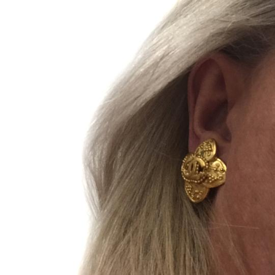 Chanel Chanel 96 A CC Logo Gold Plated Flower Clip On Earring 7478 Image 5