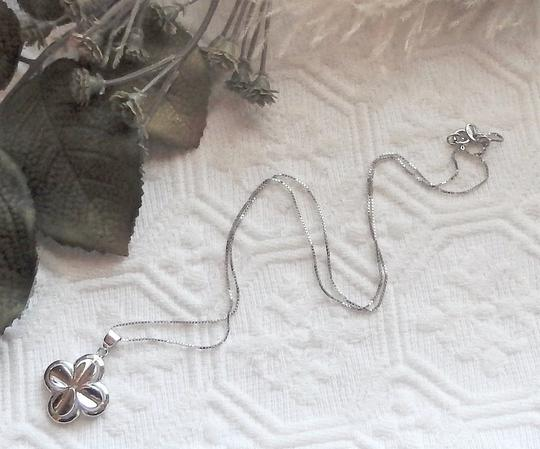 Unknown Signed Italian Sterling Silver 4 Leaf Clover Flower 18 Inch Box Chain Image 3